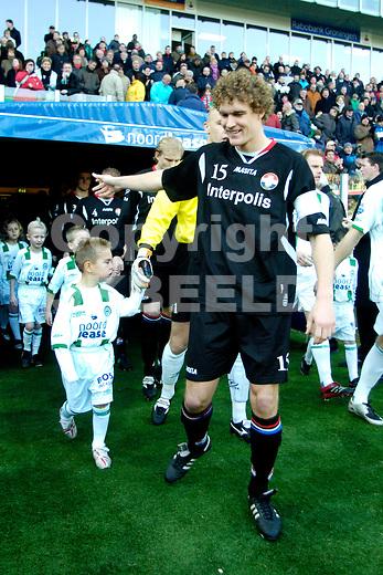 fc groningen - willem II eredivisie seizoen 2007-2008 16-12- 2007 opkomst mascottes.fotograaf Jan Kanning *** Local Caption ***