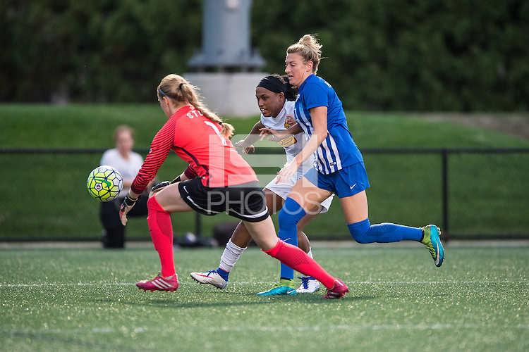 Allston, MA - Wednesday Sept. 07, 2016: Libby Stout, Jessica McDonald, Kassey Kallman during a regular season National Women's Soccer League (NWSL) match between the Boston Breakers and the Western New York Flash at Jordan Field.