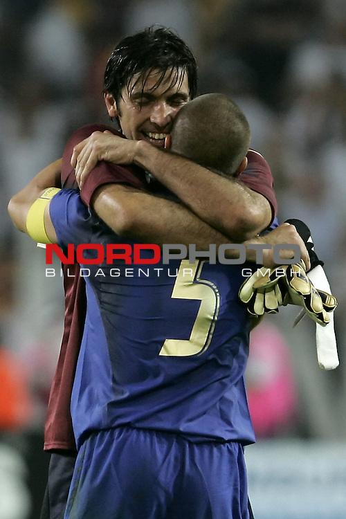 FIFA WM 2006 -  Semi Finals / Halbfinale<br /> Play    #61 (04-Juli) - Deutschland - Italien<br /> <br /> Jubel bei BUFFON - CANNAVARO<br /> <br /> Foto &copy; nordphoto