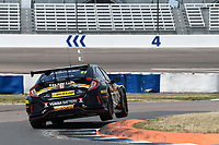 #27 Dan Cammish Halfords Yuasa Racing Honda Civic Type R (FK8) during BTCC Practice  as part of the Dunlop MSA British Touring Car Championship - Rockingham 2018 at Rockingham, Corby, Northamptonshire, United Kingdom. August 11 2018. World Copyright Peter Taylor/PSP. Copy of publication required for printed pictures.