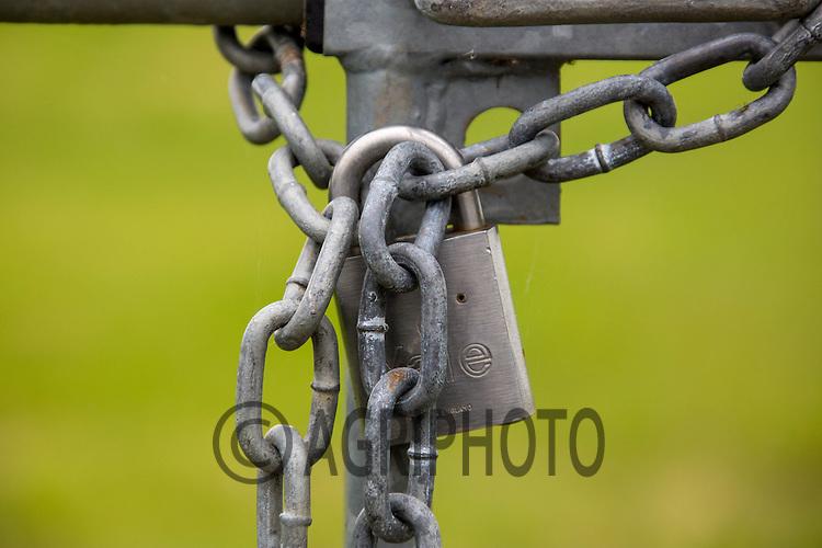 Padlock on a fram gate<br /> Picture Tim Scrivener 07850 303986