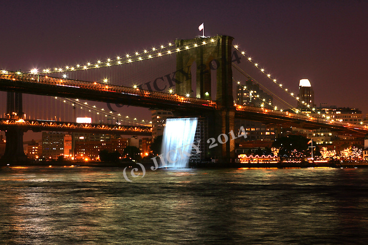 The Waterfalls under the Brooklyn Bridge