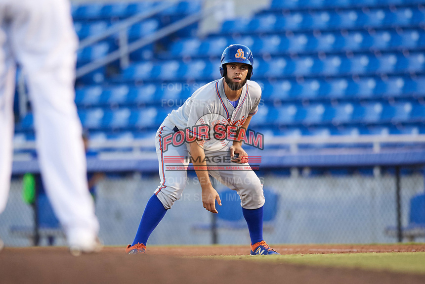 St. Lucie Mets designated hitter Wuilmer Becerra (28) leads off first base during a game against the Dunedin Blue Jays on April 19, 2017 at Florida Auto Exchange Stadium in Dunedin, Florida.  Dunedin defeated St. Lucie 9-1.  (Mike Janes/Four Seam Images)