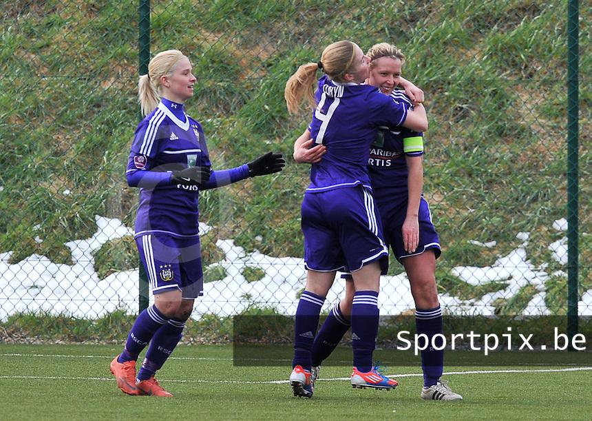 RSC Anderlecht Dames - PSV / FC Eindhoven :  vreugde bij Sophie Mannaert die de 1-1 gelijkmaker scoorde (rechts).foto David Catry / Vrouwenteam.be