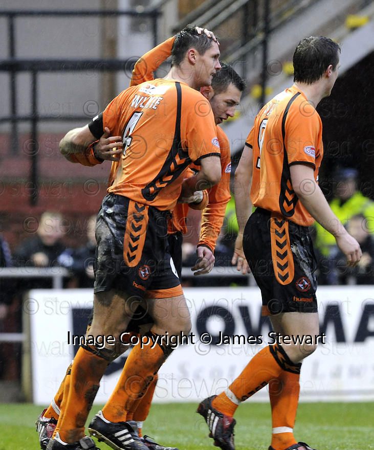 13/12/2008  Copyright Pic: James Stewart.File Name : sct_jspa10_dundee_utd_v_rangers.LEE WILKIE CELEBRATES AFTER HE SCORES UNITED'S FIRST.James Stewart Photo Agency 19 Carronlea Drive, Falkirk. FK2 8DN      Vat Reg No. 607 6932 25.Studio      : +44 (0)1324 611191 .Mobile      : +44 (0)7721 416997.E-mail  :  jim@jspa.co.uk.If you require further information then contact Jim Stewart on any of the numbers above.........