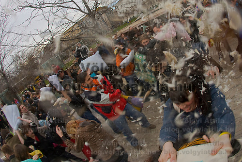 Approximately four hundred participants of the second international pillow fighting day gathered on Deak Square in Budapest among many other cities of Hungary and the world for a childish game of pillowfight.
