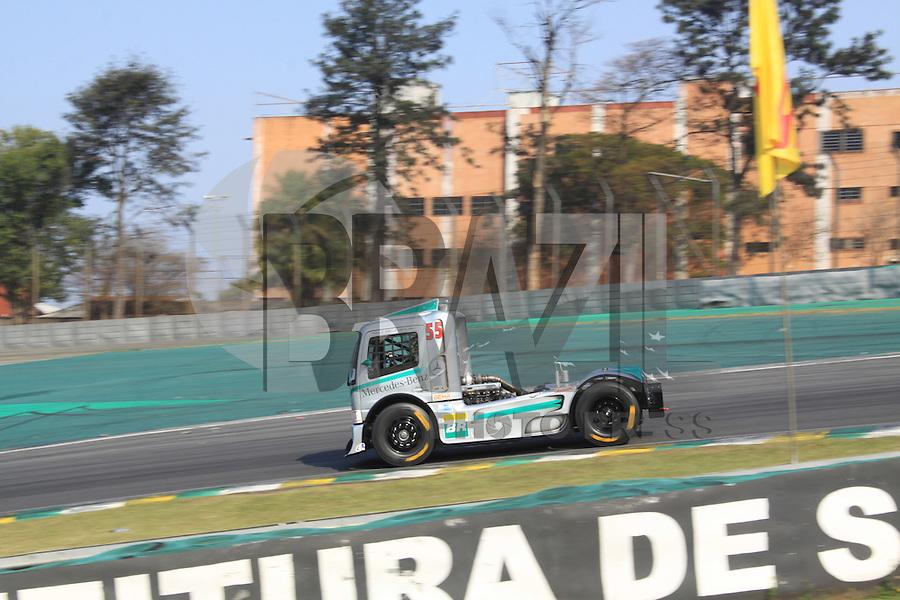 SÃO PAULO, SP, 31.07.2016 - FORMULA-TRUCK - Paulo Salustiano durante etapa São Paulo da Formula Truck  no Autódromo de Interlagos, na região sul de São Paulo neste domingo (Foto: Adar Rodrigues/Brazil Photo Press)