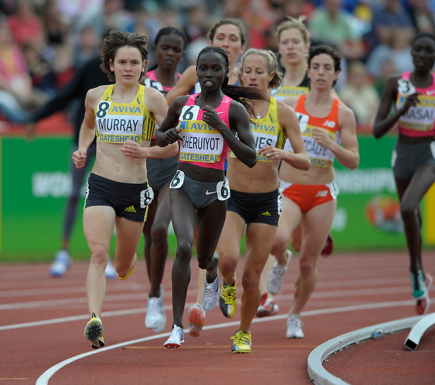 Photo: Ady Kerry/Richard Lane Photography..Aviva British Grand Prix. 31/08/2009. .Vivian Cheruiyot leads round the 3000m