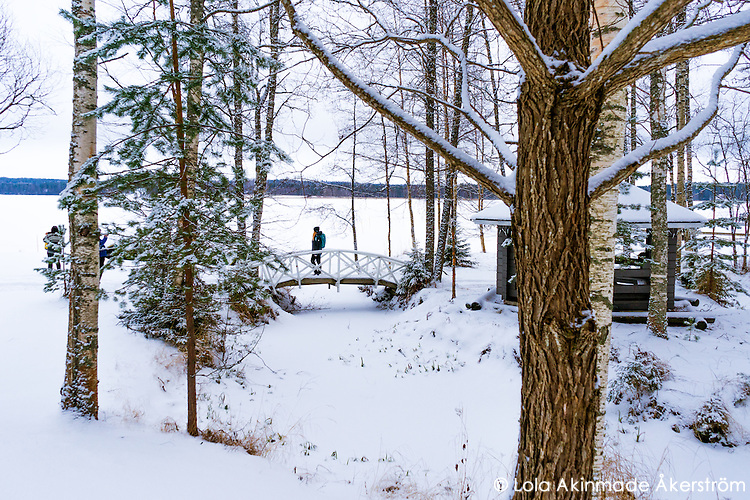 You can enjoy a traditional Finnish sauna experience at pristine eco-lodge Lehmonkärki, right in the heart of Finland's Lahti region known for its numerous lakes
