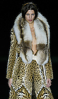 A model presents a creation by A Fur during the Pasarela Cibeles fashion show 2005, February 17, 2005 in Madrid. Photo by Victor Fraile / studioEAST