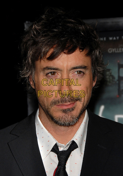 "ROBERT DOWNEY JR..The Paramount Pictures L.A Premiere of ""Zodiac"" held at Paramount Studios in Hollywood, California, USA..March 1st, 2007.headshot portrait beard facial hair .CAP/DVS.©Debbie VanStory/Capital Pictures"
