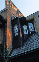 F.L. Wright: Moore House. Windows, upper story.  Photo '76.