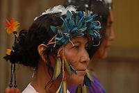 Aldeia Mapuera <br /> Duzentos e oitenta e três casais indígenas de dez etnias casaram hoje na aldeia Mapuera no município de Oriximina, oeste do Pará, durante cerimônia realizada pela defensoria pública do estado. Com a celebração da cerimônia os indígenas passam a ter os direitos previdenciários de qualquer casal no país como pensão por morte do maridopara esposa. Os índios pertencem às etnias Waiwai, katwena, Xerwuiana, Hiskararyana, Mawaiana, Wa-dlxana, Tunayana, Xowyana, Ckiyana e Caxuyana. <br /> <br /> Oriximiná, Pará, Brasil<br /> <br /> Foto Paulo Santos <br /> <br /> 22/12/2009<br /> <br /> Mais informações sobre os Waiwai >> Instituto Socioambiental - ISA<br /> <br /> https://pib.socioambiental.org/pt/povo/waiwai/print