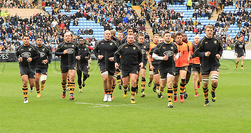 09.04.2016. Ricoh Arena, Coventry, England. European Champions Cup. Wasps versus Exeter Chiefs.  The Wasps team complete their warm-up with the captains run.