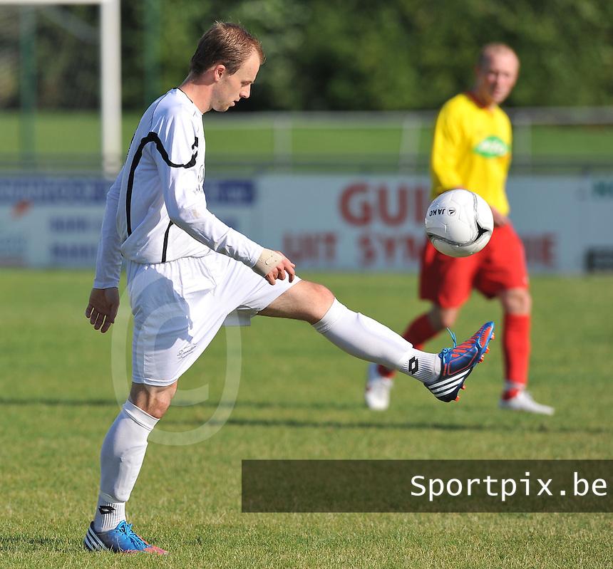 VV Emelgem Kachtem : Preben Toye.foto VDB / BART VANDENBROUCKE