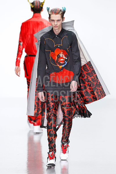 Londres, Inglaterra &ndash; 08/01/2014 - Desfile de Katie Eary durante a Semana de moda masculina de Londres - Inverno 2014. <br /> Foto: FOTOSITE