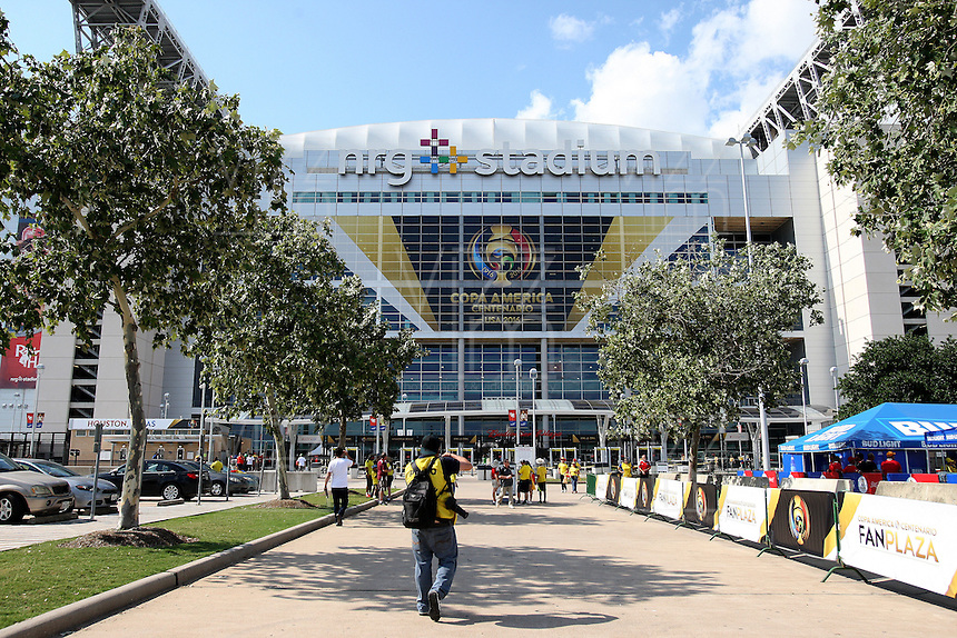 HOUSTON - UNITED STATES, 11-06-2016: NRG Stadium previo al partido del grupo A, fecha 3, entre Colombia (COL) y Costa Rica (CRC)  por la Copa América Centenario USA 2016 jugado en el estadio NRG en Houston, Texas, USA. /  NRG stadium prior the match of the group A  between Colombia (COL) and Costa Rica (CRC) for the date 3 of the Copa América Centenario USA 2016 played at NRG stadium in Houston, Texas ,USA. Photo: VizzorImage/ Luis Alvarez /Str