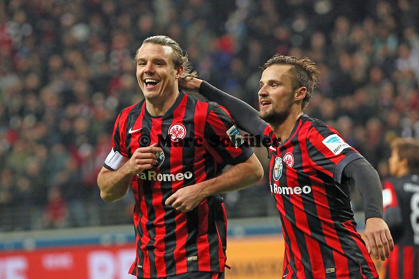 Torjubel Alex Meier beim 3:1 mit Haris Seferovic (Eintracht) - Eintracht Frankfurt vs. SV Werder Bremen, Commerzbank Arena