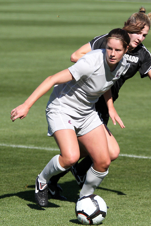 Rachael Doyle (#4), Washington State freshman defender, dribbles the ball during the Cougars match with Colorado in the Gonzaga tournament in Spokane, Washington, on September 12, 2010.  WSU fell to Colorado in overtime, 2-1.