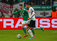 Emre Can (Deutschland Germany) gegen Jordan Thompson (Nordirland, Northern Ireland) - 19.11.2019: Deutschland vs. Nordirland, Commerzbank Arena Frankfurt, EM-Qualifikation DISCLAIMER: DFB regulations prohibit any use of photographs as image sequences and/or quasi-video.