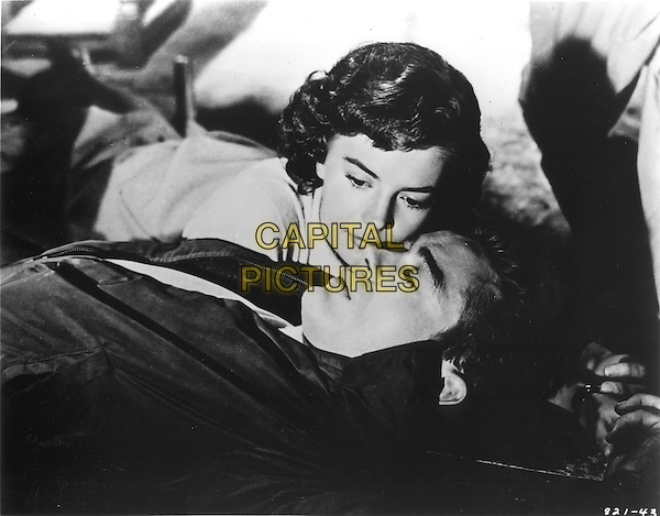 NATALIE WOOD & JAMES DEAN.in Rebel Without a Cause.*Editorial Use Only*.Ref: FB.www.capitalpictures.com.sales@capitalpictures.com.Supplied by Capital Pictures.