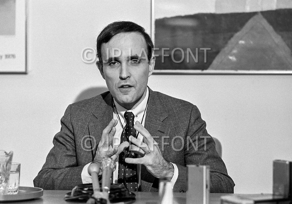12 Mar 1985 --- Federal judge Rudolph Giuliani, leading investigations into the mafia, talks during a press conference after five key mafia bosses were arrested. --- Image by © JP Laffont