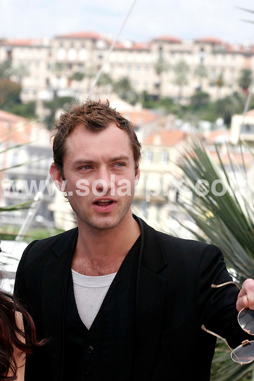 "**ALL ROUND PICTURES FROM SOLARPIX.COM**.**WORLDWIDE SYNDICATION RIGHTS**.Jude Law at the photocall for 'My Blueberry Nights"" at the 60th Cannes International Film Festival,Cannes,France.16 May 2007.this pic:JUDE LAW.JOB REF: 3920-JWC        DATE:16_05_07.**MUST CREDIT SOLARPIX.COM OR DOUBLE FEE WILL BE CHARGED* *UNDER NO CIRCUMSTANCES IS THIS IMAGE TO BE REPRODUCED FOR ANY ONLINE EDITION WITHOUT PRIOR PERMISSION*"