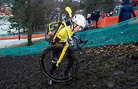 Picture by Allan McKenzie/SWpix.com - 10/12/17 - Cycling - HSBC UK National Cyclo-Cross Championships - Round 5, Peel Park - Bradford, England - Beth Crumpton in the women's elite race.