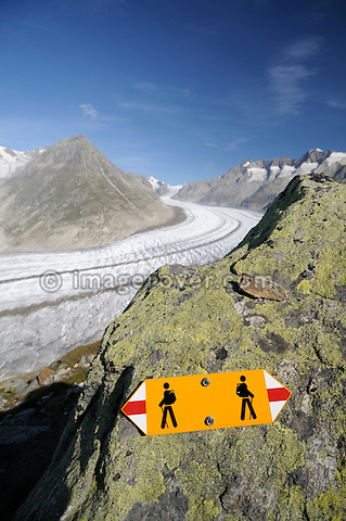 Switzerland, Valais, Western Europe, Jungfrau Region, Aletsch Glacier (UNESCO world heritage site). Hiking trail sign between Bettmerhorn and Märjelensee.