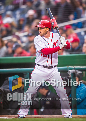 28 April 2016: Washington Nationals third baseman Stephen Drew on deck during a game against the Philadelphia Phillies at Nationals Park in Washington, DC. The Phillies shut out the Nationals 3-0 to sweep their mid-week, 3-game series. Mandatory Credit: Ed Wolfstein Photo *** RAW (NEF) Image File Available ***