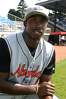 July 31, 2005:  Lorenzo Scott of the Aberdeen Ironbirds before a game at Russell Diethrick Park in Jamestown, NY.  Aberdeen is the Short Season Single-A NY-Penn League affiliate of the Baltimore Orioles.  Photo By Mike Janes/Four Seam Images