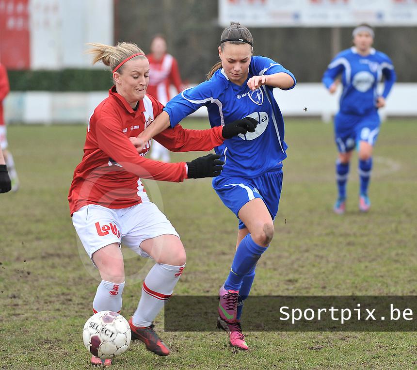 AA Gent Ladies - RAEC Mons : Jassina Blom in duel met Melissa Thil (links).foto Joke Vuylsteke / Vrouwenteam.be