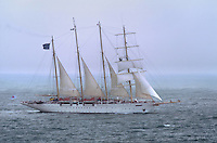 - the cruise sail ship Star Clipper navigating in Tyrrhenian sea....- il veliero da crociera Star Clipper in navigazione nel mar Tirreno