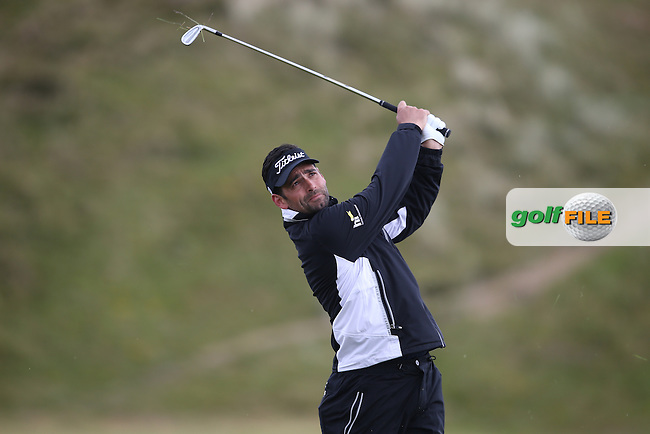 Lee Slattery (ENG) from the rough on the 9th during Round Three of the 2015 Dubai Duty Free Irish Open Hosted by The Rory Foundation at Royal County Down Golf Club, Newcastle County Down, Northern Ireland. 30/05/2015. Picture David Lloyd | www.golffile.ie