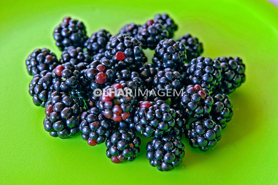 Fruta Amora. Foto de Manuel Lourenço.