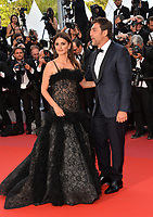 "CANNES, FRANCE. May 08, 2018: Penelope Cruz & Javier Bardem at the gala screening for ""Everybody Knows"" at the 71st Festival de Cannes"