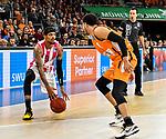 05.01.2020, ratiopharm arena, Neu-Ulm, GER, BBL, ratiopharm ulm vs Telekom Baskets Bonn, <br /> im Bild Brandon Frazier (Bonn, #9), Tyler Harvey (Ulm, #1)<br />  <br /> Foto © nordphoto / Hafner