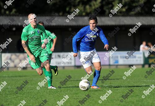 2012-10-07 / Voetbal / seizoen 2012-2013 / Vosselaar - Hasselt / Gerets met Philippe Biernaux van Vosselaar (r)..Foto: Mpics.be