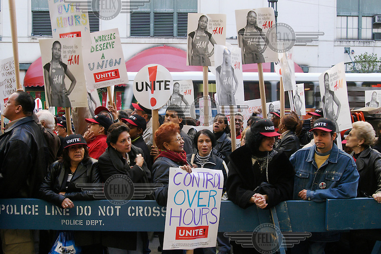 Demonstration against clothing chain store H&M for not granting union rights to its American employees.