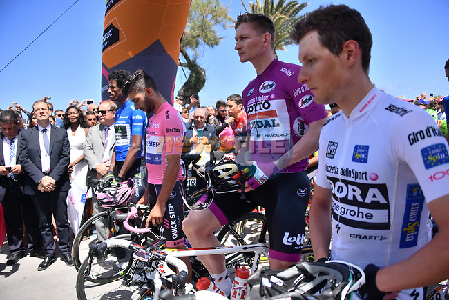 The leaders jerseys lined up before the start of Stage 4 of the 100th edition of the Giro d'Italia 2017, running 181km from Cefalu to Mount Etna, Sicily, Italy. 9th May 2017.<br /> Picture: LaPresse/Gian Mattia D'Alberto   Cyclefile<br /> <br /> <br /> All photos usage must carry mandatory copyright credit (&copy; Cyclefile   LaPresse/Gian Mattia D'Alberto)