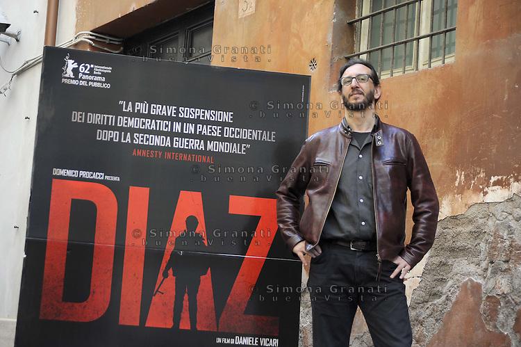 """Roma, 6 Aprile 2012.Photocall del film """"Diaz"""" .Il regista Daniele Vicari"""