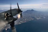 - the  gulf of Naples and Vesuvio volcano seen from an antisubmarine P3 Orion aircraft of the US Navy....- il golfo di Napoli e il vulcano Vesuvio visti da un aereo antisommergibili P3 Orion dell' US Navy..