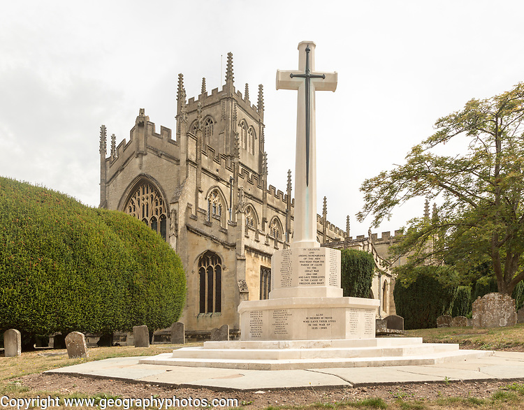 War memorial in churchyard at Saint Mary the Virgin church, Calne, Wiltshire, England, UK