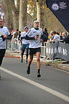 2019-11-17 Fulham 10k 050 SB Finish