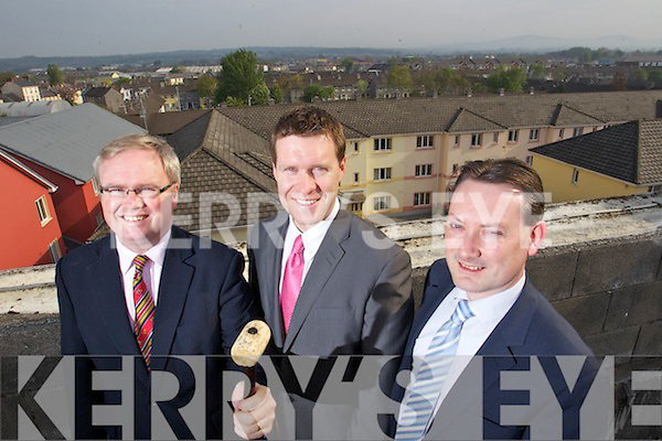 Auctioneers from the Sherry Fitzgerald.group getting ready for their upcoming.auction, l-r: Paul Stephenson, Pat.Crean and Michael Coughlan