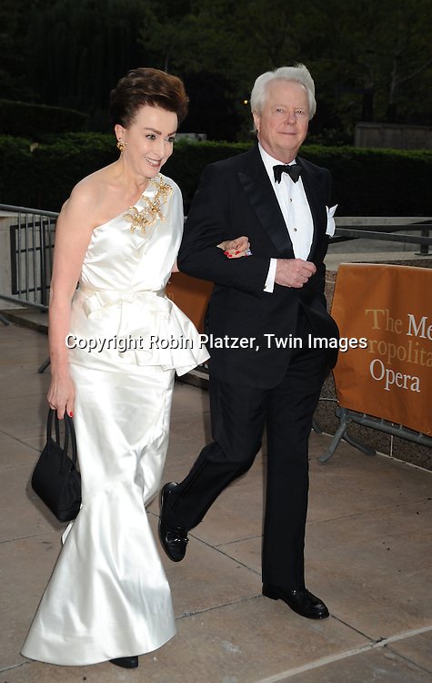 2009 2010 Metropolitan Opera Season Opening Robin