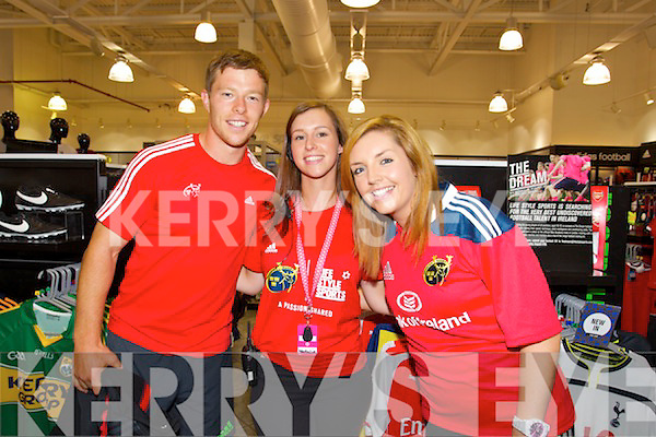 13d75752ffea4 Munster Rugby Players visit Lifestyle Sports in Manor Tralee on Thursday  Pictured Natalie Fee, Sinead