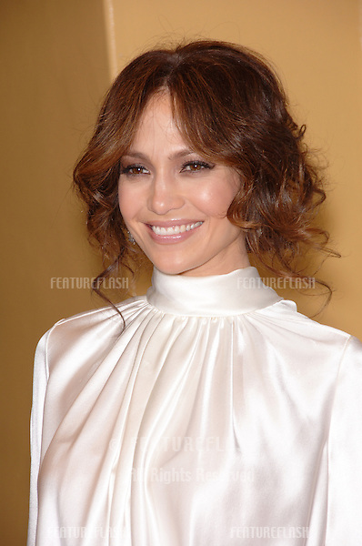 "JENNIFER LOPEZ at the world premiere of ""The Pursuit of Happyness"" at the Mann Village Theatre, Westwood..December 7, 2006  Los Angeles, CA.Picture: Paul Smith / Featureflash"