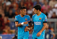 Calcio, Champions League, Gruppo E: Roma vs Barcellona. Roma, stadio Olimpico, 16 settembre 2015.<br /> FC Barcelona&rsquo;s Luis Suarez, right, is congratulated by his teammate Neymar after scoring during a Champions League, Group E football match between Roma and FC Barcelona, at Rome's Olympic stadium, 16 September 2015.<br /> UPDATE IMAGES PRESS/Riccardo De Luca<br /> <br /> *** ITALY AND GERMANY OUT ***