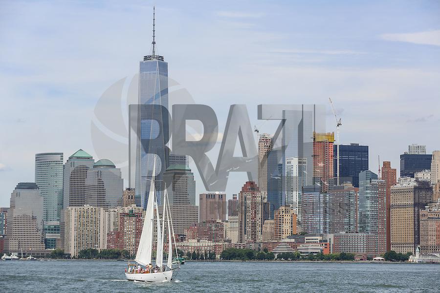NOVA YORK, EUA, 13.08.2015 - TURISMO-NEW YORK -Vista da ilha da Manhattan em Nova Iorque nos Estados Unidos nesta quinta-feira, 13. A torre mais alta World Trade Center.(Foto: William Volcov/Brazil Photo Press/Folhapress)